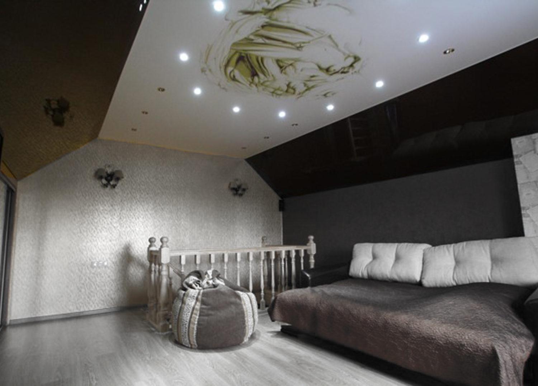 Мансардные натяжные потолки